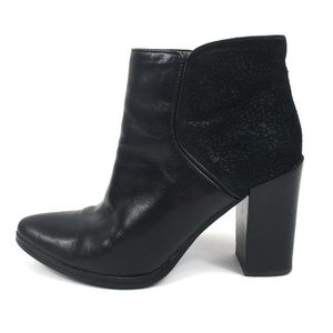 Nine West Black Leather LEFT Ankle Boot ONLY 5.5